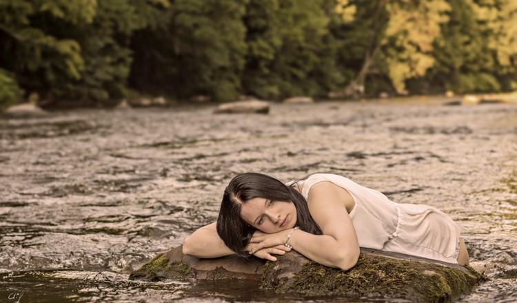 Sommer, Sonne, Ufer und Fluss